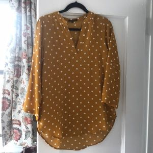 •yellow polka dot blouse•
